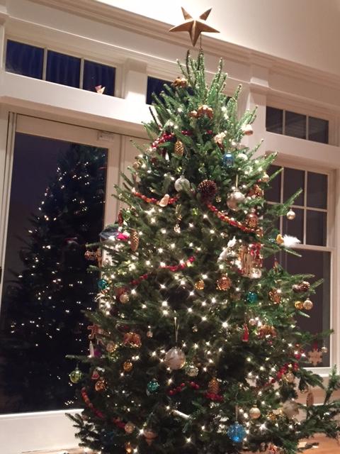 living area xmas tree