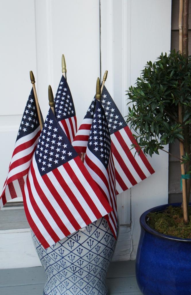 www.ivydeleon.com outdoor patriotic style