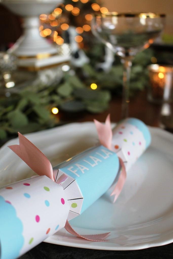 Christmas, fa-la-la, ivydeleon.com