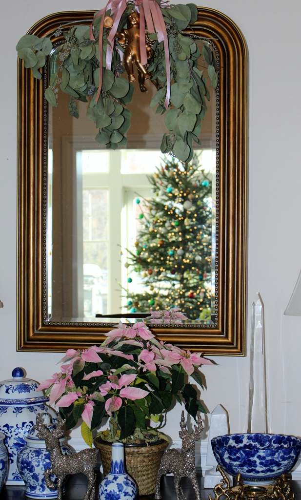 Christmas, dining room, mirrors, ivydeleon.com